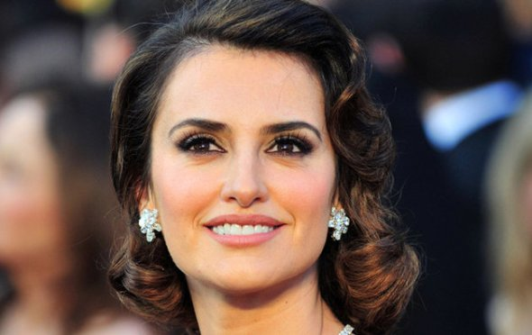 Penelope Cruz - Luxetentations.fr