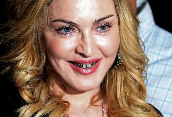 Madonna et son Grillz - Luxetentations.fr