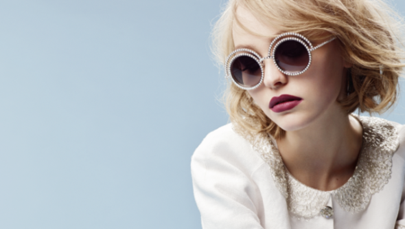 Lily-Rose Depp luxetentations.fr